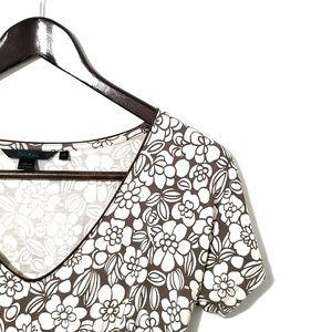 Boden Tops - Boden Floral V-Neck Short Sleeve